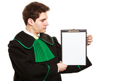 Jeune presse-papiers masculin de prise d'avocat Photos stock