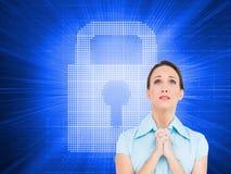 Jeune prière préoccupée de femme d'affaires Photo libre de droits