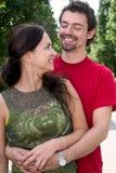 Jeune rire de couples Image stock