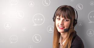 Jeune téléprospecteur femelle Photo stock