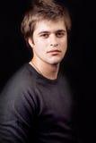 Jeune type masculin beau image stock