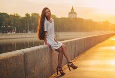 Jeune verticale asiatique de femme Photos libres de droits