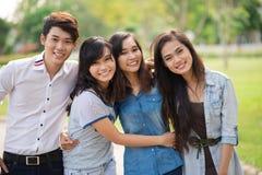 Jeunes amis Photographie stock libre de droits
