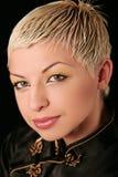 jeunes blonds de verticale photographie stock libre de droits
