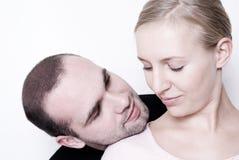 Jeunes couples. Image libre de droits