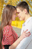 Jeunes couples Photos libres de droits