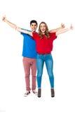Jeunes couples appréciant leur jour Photo stock