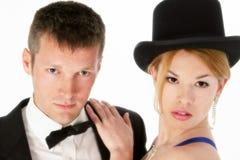 Jeunes couples attrayants dans formel Photos stock