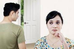 Jeunes couples ayant le conflit Images libres de droits