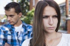Jeunes couples Conflit Images libres de droits