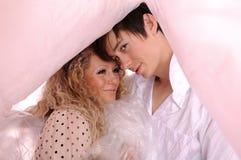 Jeunes couples d'amour Photographie stock libre de droits