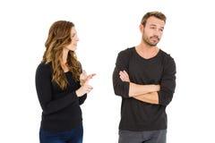 Jeunes couples dans un argument images libres de droits