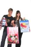 Jeunes couples de achat Photographie stock
