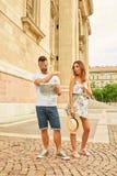 Jeunes couples de touristes Photo libre de droits