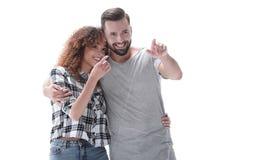 Jeunes couples discutant leurs rêves et se dirigeant en avant Images stock