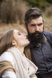 Jeunes couples en automne Photos stock