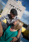 Jeunes couples engagés Photographie stock