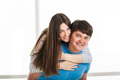 Jeunes couples espiègles Photographie stock libre de droits