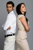 Jeunes couples ethniques ayant des problèmes Photographie stock