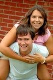 Jeunes couples heureux photo libre de droits