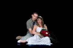 Jeunes couples heureux de mariage Image libre de droits
