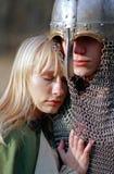 Jeunes couples médiévaux Images stock