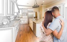 Jeunes couples militaires à l'intérieur du dessin fait sur commande C de cuisine et d'étude Photographie stock