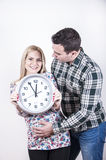 Jeunes couples prêts Image stock