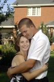 Jeunes couples romantiques heureux Images libres de droits