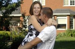 Jeunes couples romantiques heureux Photos libres de droits