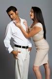 Jeunes couples sexy ayant l'argument image stock