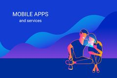 Jeunes couples utilisant le smartphone se reposant sur des graphiques et appréciant des services en ligne, des apps mobiles et de illustration libre de droits
