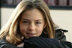 jeunes de verticale de fille image libre de droits