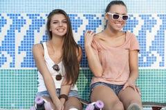 Jeunes femmes actives Image libre de droits