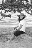Jeunes femmes dans une plage 2 de la république dominicaine Image stock