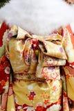 Jeunes femmes japonaises dans le kimono Images stock