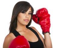 Jeunes gants de boxe s'usants de l'adolescence de fille Photographie stock