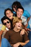 Jeunes heureux Images stock