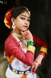 jeunes indiens de femme blanc de danse de fond Photos libres de droits