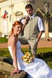 Jeunes mariée et marié photos stock