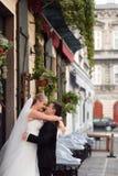 Jeunes mariés avant le mariage Photographie stock libre de droits