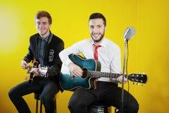 Jeunes musiciens image libre de droits