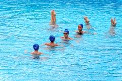 Jeunes nageurs féminins Image libre de droits