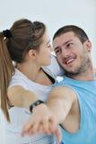 Jeunes séance d'entraînement et amusement heureux de forme physique de couples Photos stock