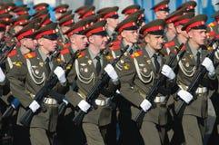 Jeunes soldats dans les rangs Images stock
