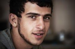 Jeunes un type basané image libre de droits