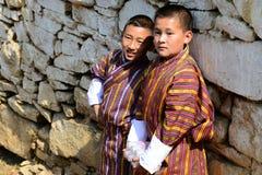 Jeunesse bhoutanaise photos libres de droits