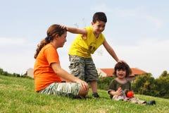 Jeux dans la pelouse Photo stock