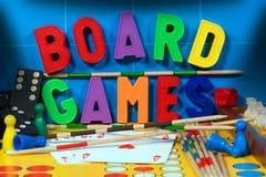 Jeux de société avec les lettres magnétiques image libre de droits