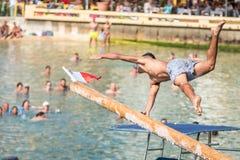 Jeux de sports aquatiques de Xlendi image stock